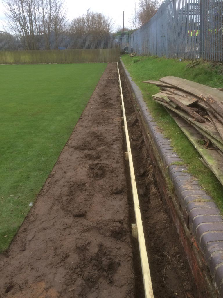 Gainsborough Bowling Green Timber Edge Replacement